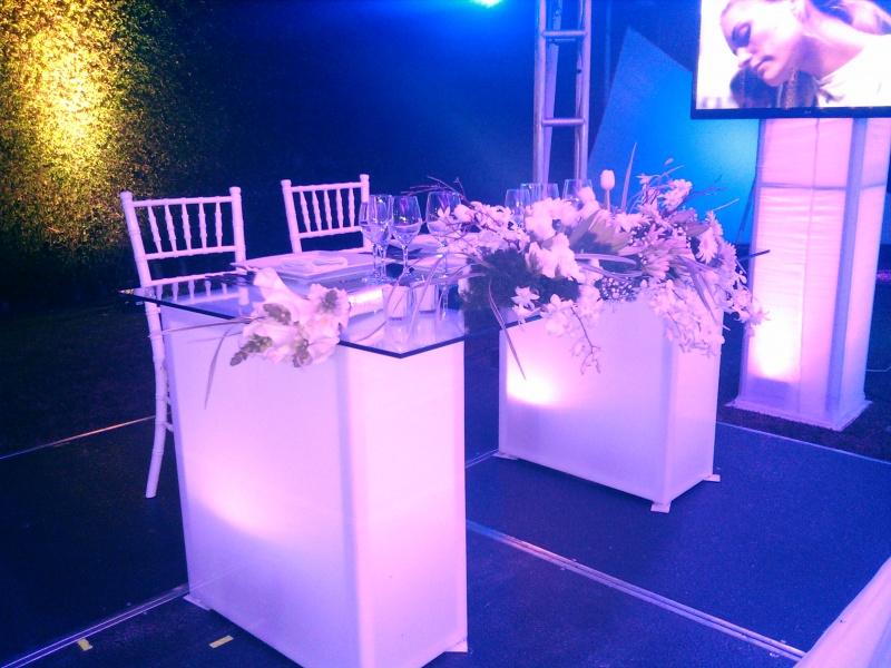 Mesas de cristal grupo diamante - Mesas de cristal para bodas ...